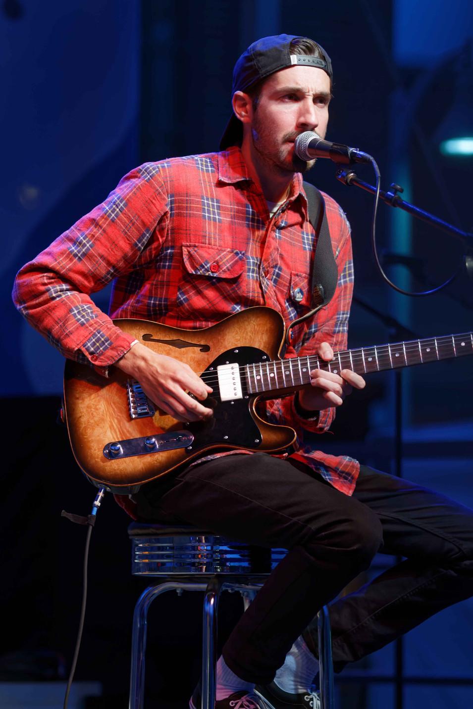 Brodie (Lights' Guitarist) 19
