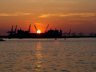 Eyeing 19,000-TEU ships, Virginia ports get $350 million for deepening