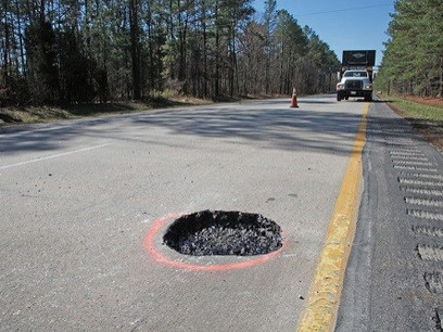 Report: Driving On Deteriorated Urban Roads Costing Motorists $1,049 Annually