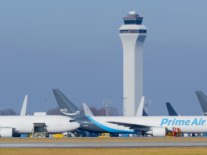 The Amazon effect on U.S. airports