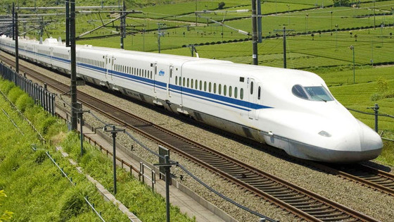 Dallas-to-Houston high-speed rail plan will make Texas' I-35 corridor a loser, competitor says