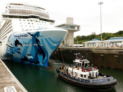 Panama Canal adds new milestone with the passage of a luxury megacourse