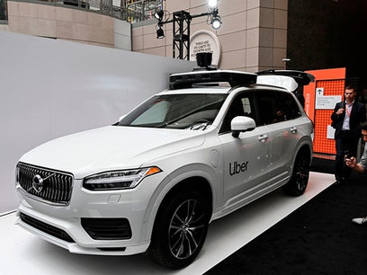 New push to regulate self-driving cars faces tough road