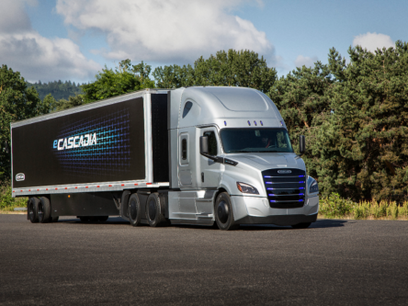 Freightliner Debuts Two New Electric Trucks
