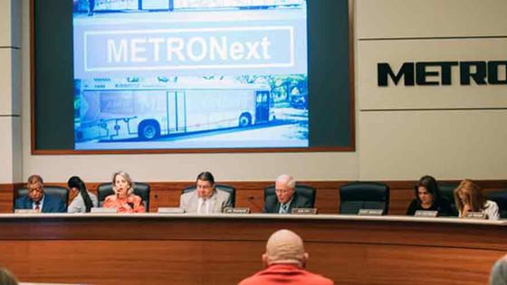 Houston METRO advances light-rail expansion plan