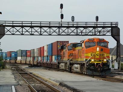 US shippers face daunting intermodal peak season