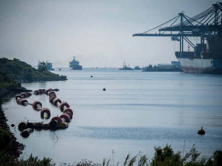 Port of Houston could lose box traffic unless its ship channel is widened