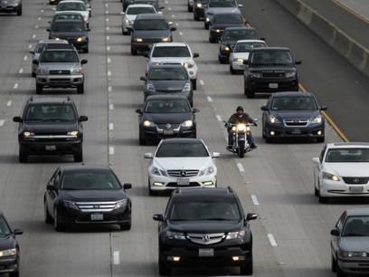 Senate panel rejects Trump's effort to slash transportation funding