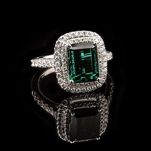 VENUS EMERALD RING