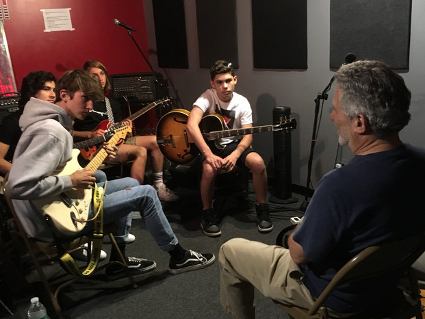 Neil Bacher breakout session for our guitar players