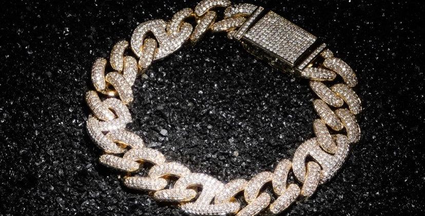 "Bracelet ""12 MM CRAZY CUBAN LINK"""