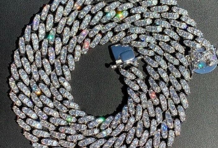"Chaine ""12 MM CUBAN LINK"" Moissanite - Argent 925"