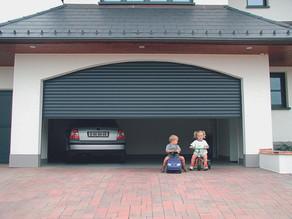 Porte de garage sectionnelle,  basculante ou enroulable ? Comment faire le bon choix ?