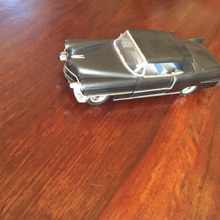 La Cadillac 57 et le Rideau Douville