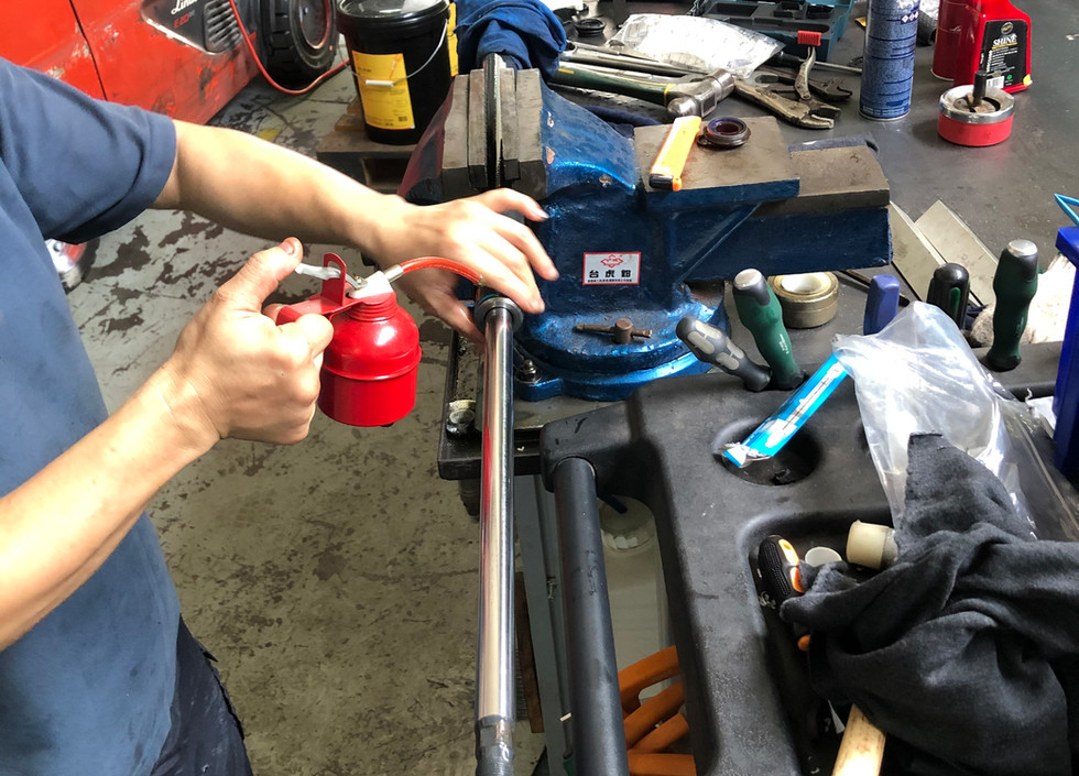 Replace Sealing Kit of Hydraulic Cylinder