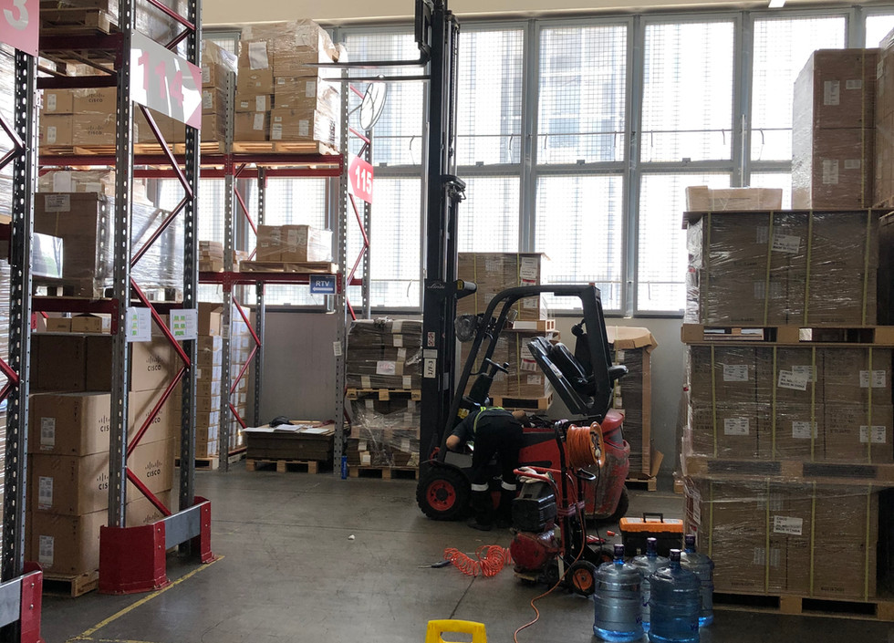 Service for Linde Counterbalanced Truck