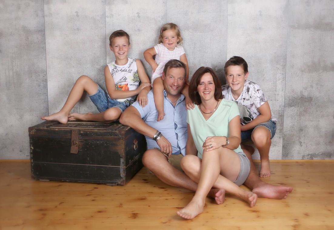 396-02-Family-soulpic.jpg