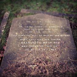 charlottemew-grave