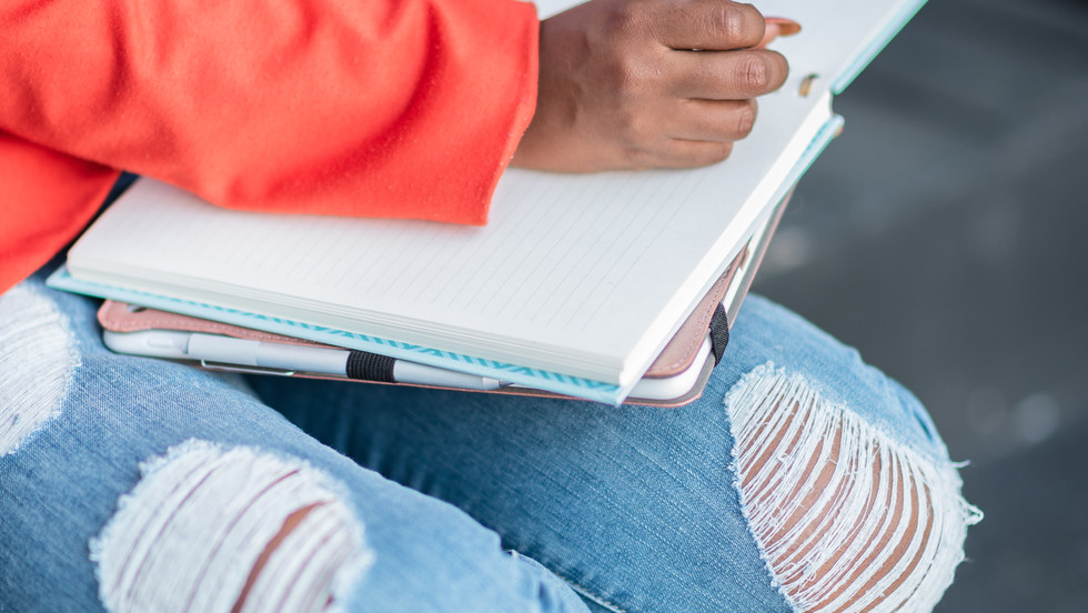 4 Tips for the Busy Mom who Wants to Write a Book