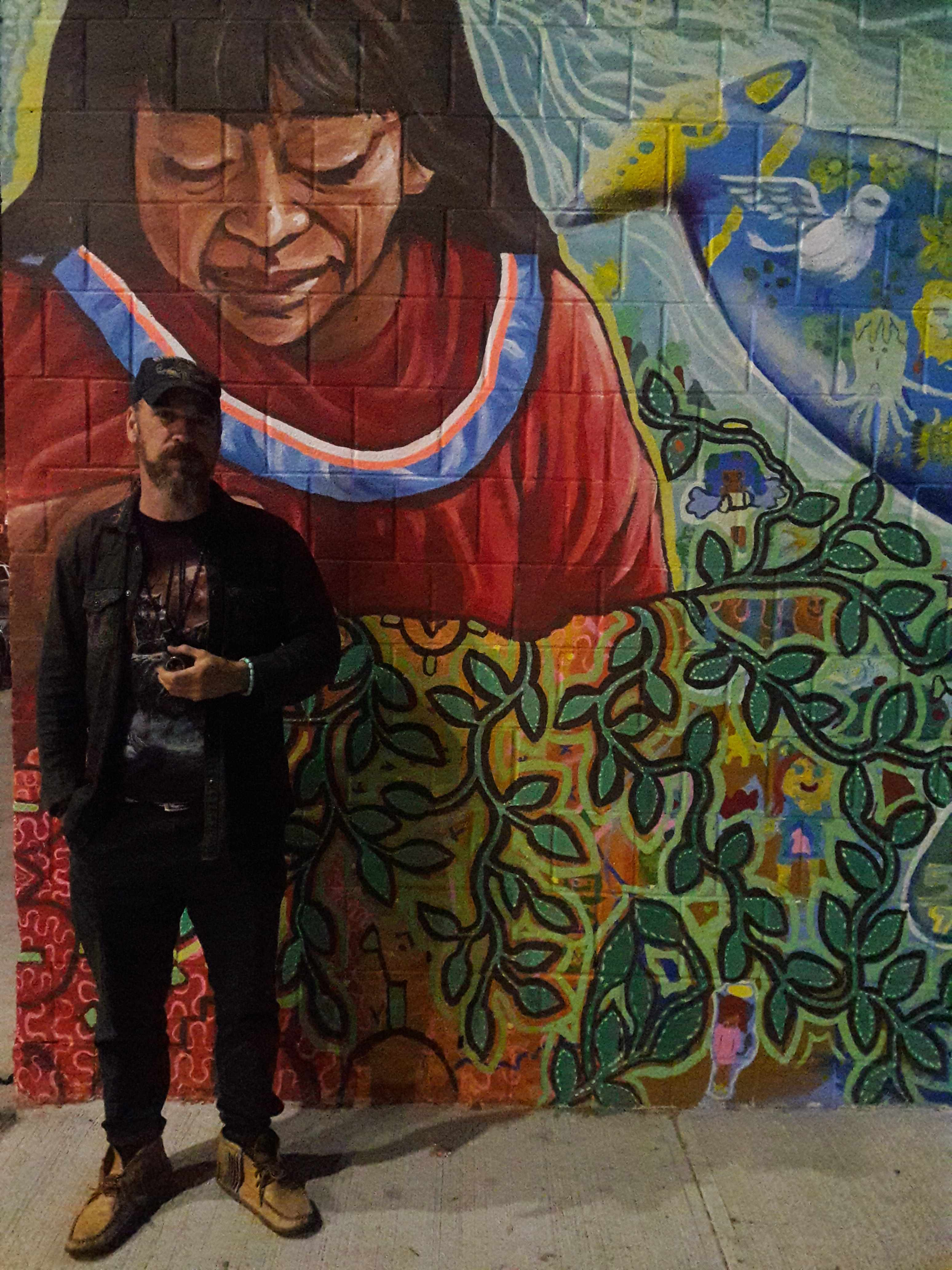 Tete & Mural by Maggie Lochtenberg