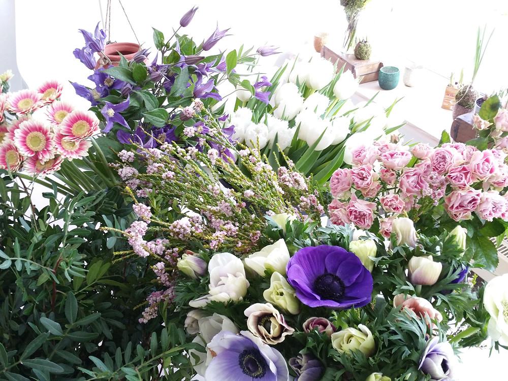 Rosen, Anemonen, Gerbera, Clematis