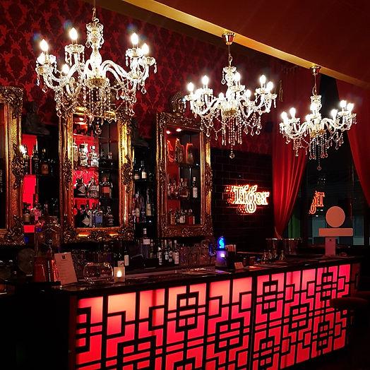 Cocktail bar.jpg