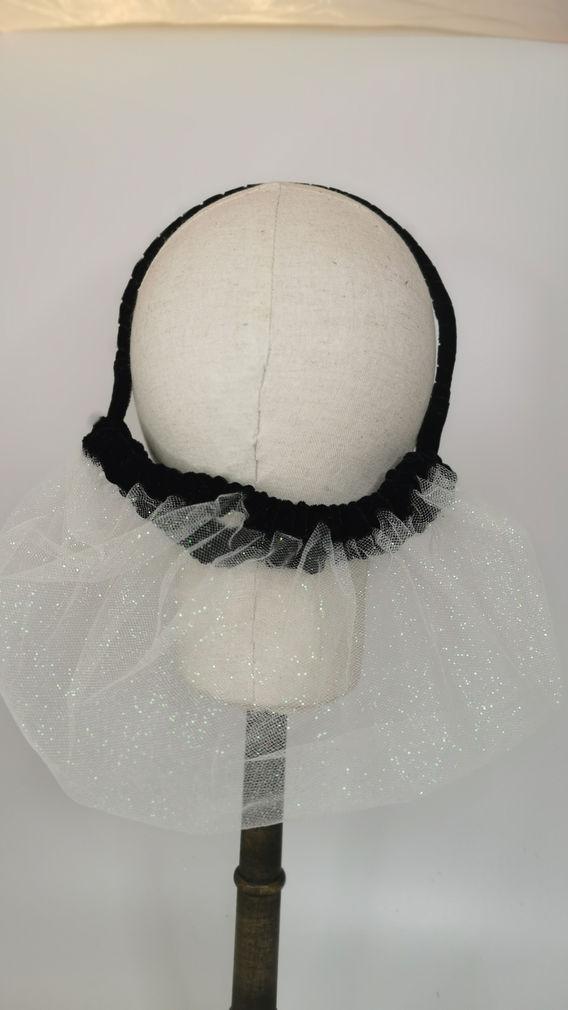 White glitter mesh with black velvet tri