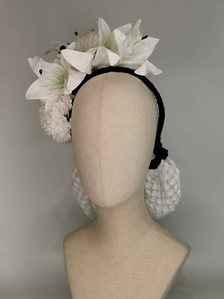 White polkadot lace snood set, lily and Carnation with navy velvet bow