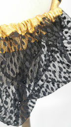 Black velvet and lace with black diamant