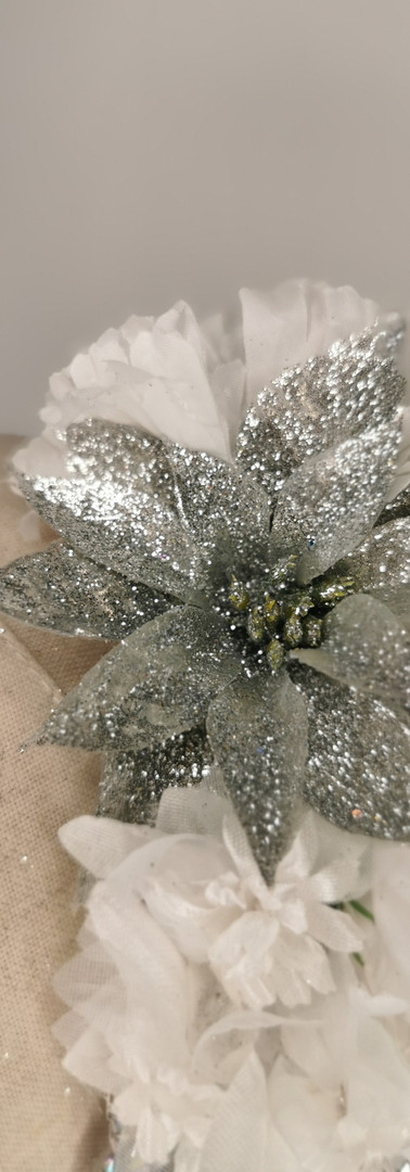 White carnations with silver glitter
