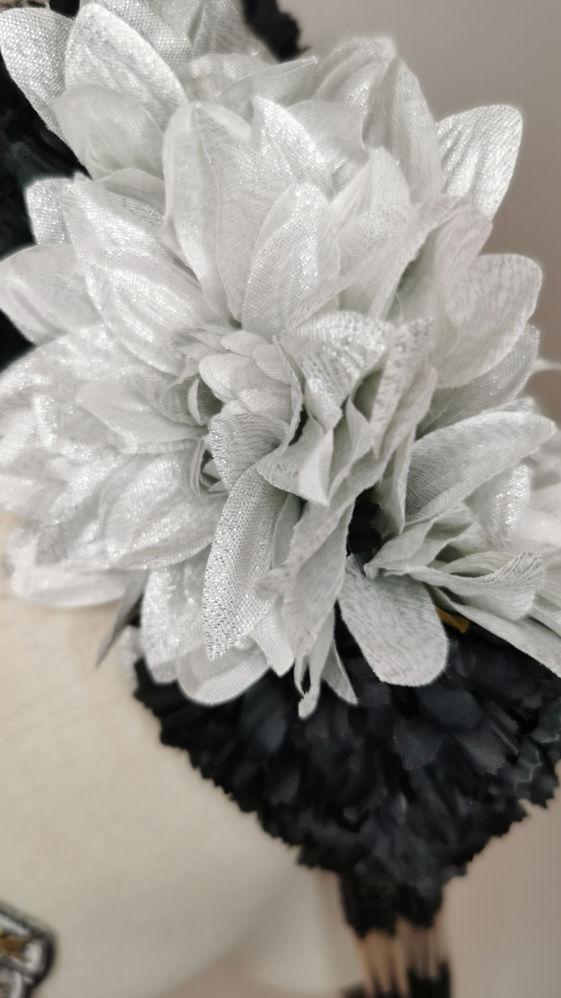 Silver metallic dahlias, matching millin
