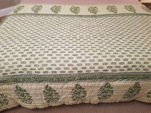 Couvre lit matelassé et imprimé à la main vert