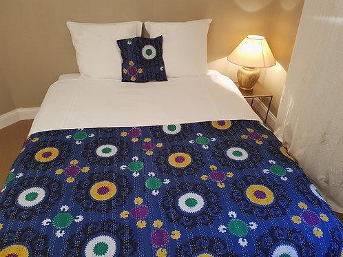Couvre lit et housses de coussins kantha  Suzani bleu