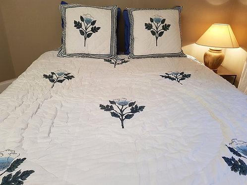 Couvre lit matelassé et imprimésàla main fleurs de lotus