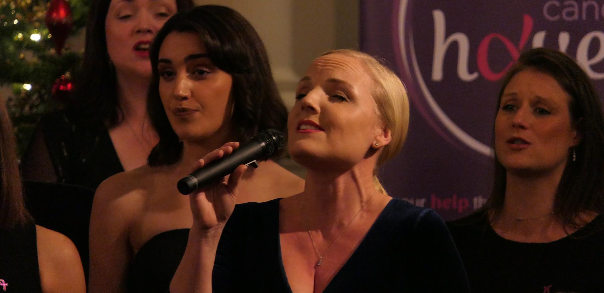 Kerry Ellis with London Show Choir