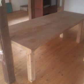 テーブルの制作②