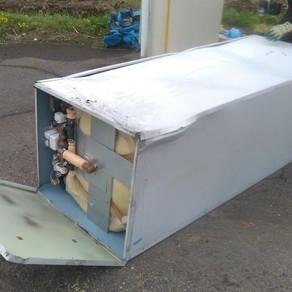 電気温水器解体