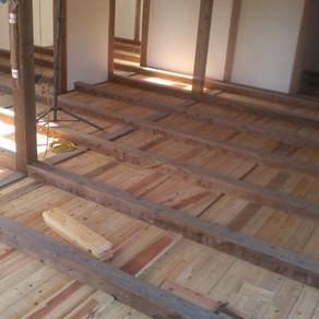 床張り11 1層目完了?