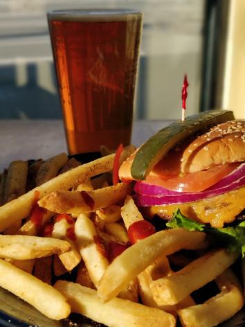 Classic Cheeseburger, Beer.jpg
