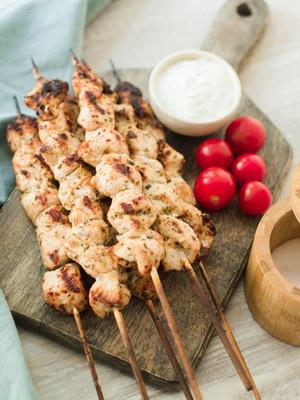 Garlic-y Grilled Turkey Skewers