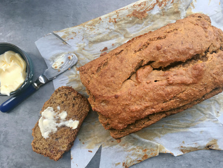 One Bowl Banana Bread {and 5 ways to use mushy bananas}