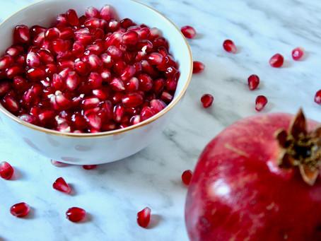 Super Benefits of Pomegranates {plus 5 ways to enjoy them}
