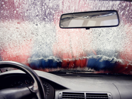 Clean Car Windows with Cornstarch and Vinegar