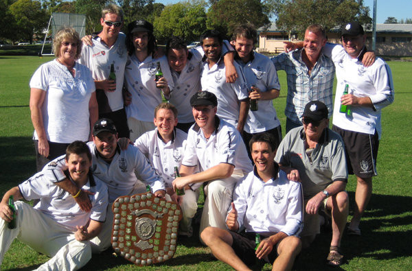 Winners are Grinners! AHOSCC Premiership Team 2008/09