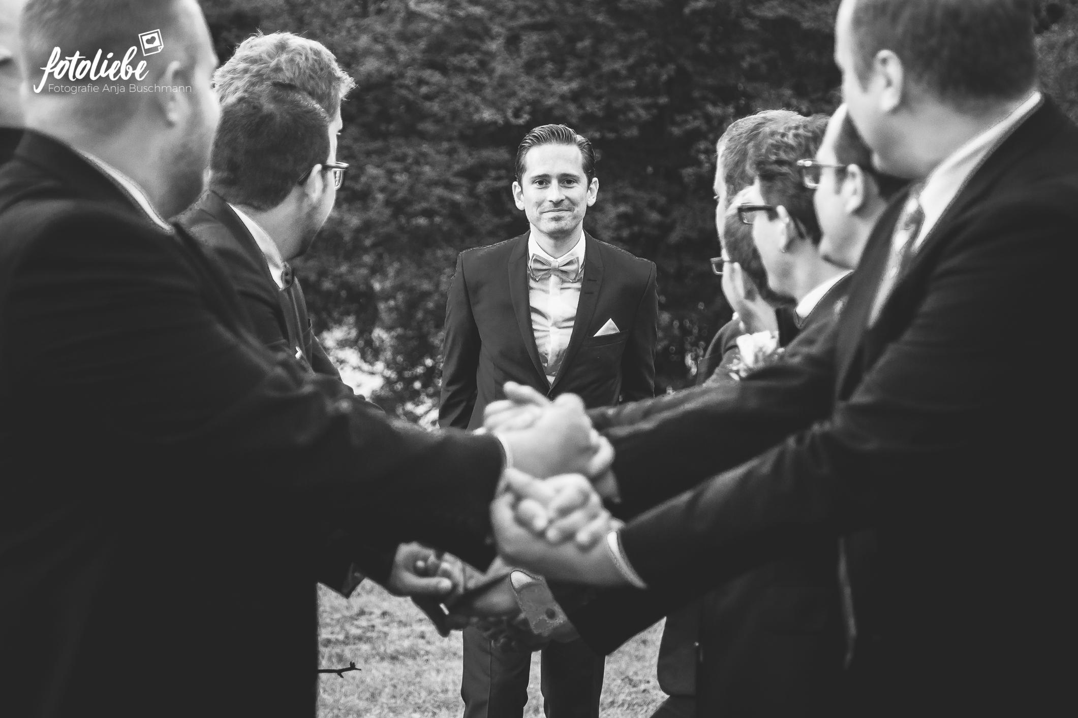 Fotoliebe-Hochzeit-Ratingen-Hochzeitsfeier-MikaTobi_022