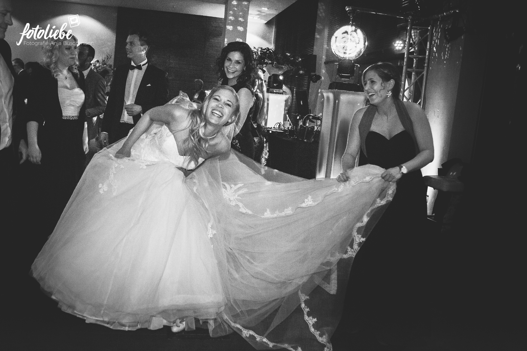 Fotoliebe-Hochzeit-Duesseldorf-Reinert_106