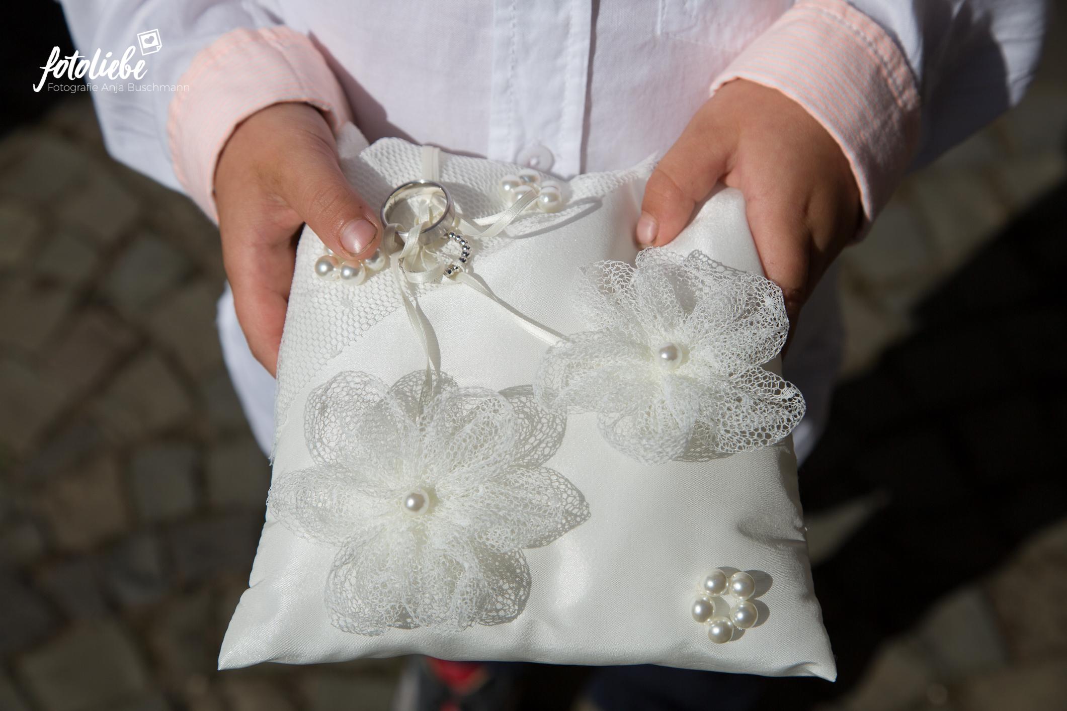 Fotoliebe-Hochzeit-Ratingen-Trauung-MikaTobi_007