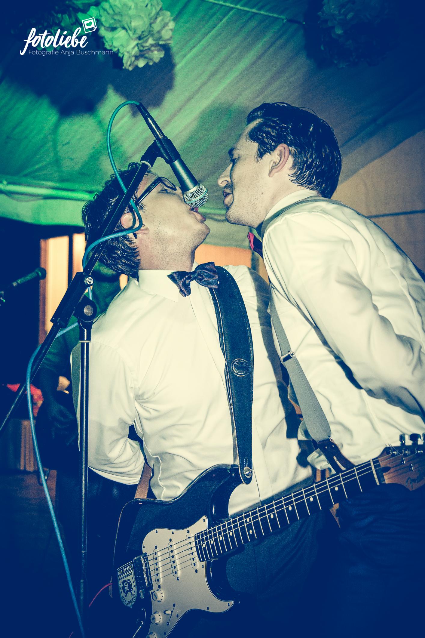 Fotoliebe-Hochzeit-Ratingen-Hochzeitsfeier-MikaTobi_041