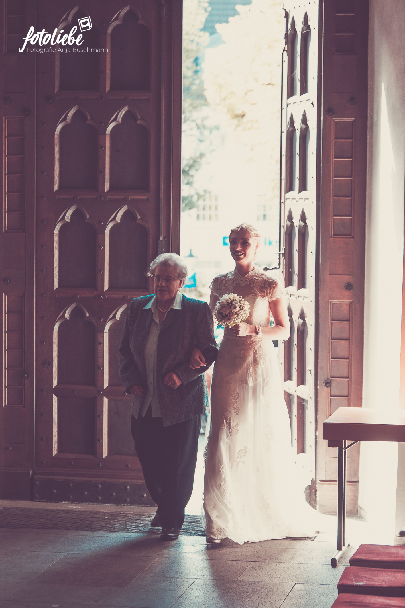 Fotoliebe-Hochzeit-Ratingen-Trauung-MikaTobi_014