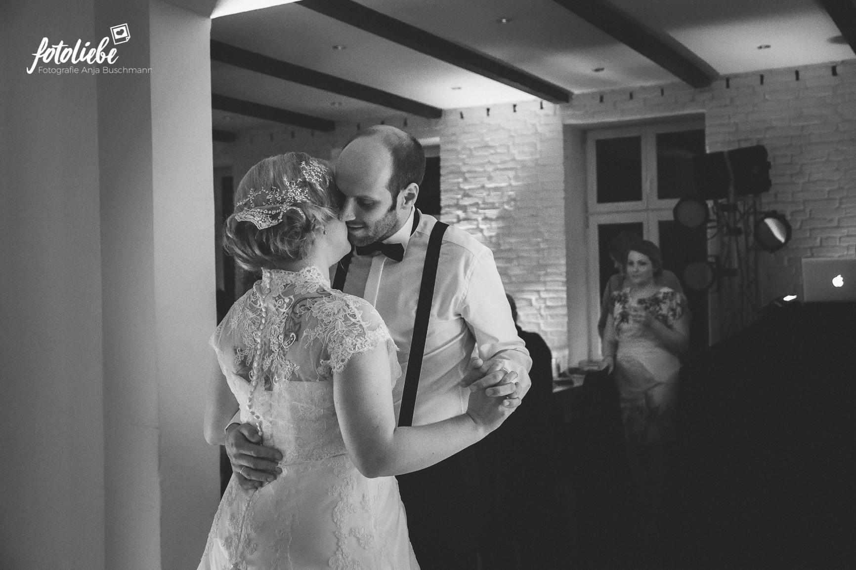 Fotoliebe-Hochzeit-Mettmann-090
